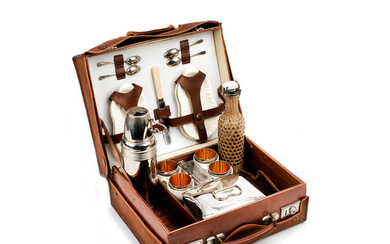 A leather-cased picnic/drinks set for four persons, 1920s,