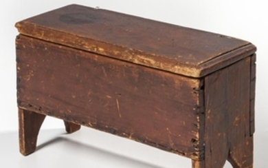 Miniature Red-stained Six-board Chest