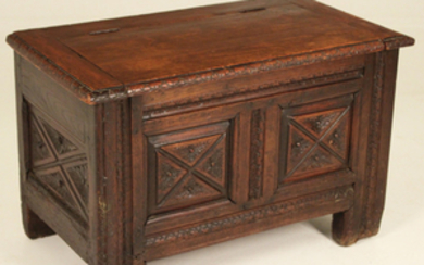 PETITE PROVINCIAL FRENCH FRUITWOOD LIFT TOP COFER