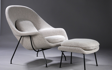 Eero Saarinen. 'Womb Chair', lounge chair with footstool, upholstered in 'Cato' wool fabric (2)