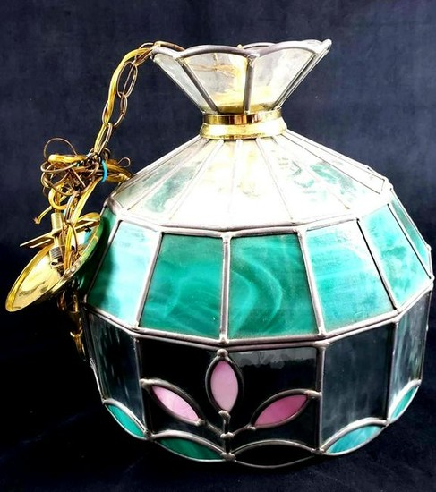 Lot Art | Tiffany Style Green Stained Glass Hanging Light