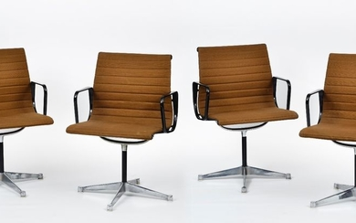 Charles (1907 1978) et Ray (1912 1988) EAMES & Her…