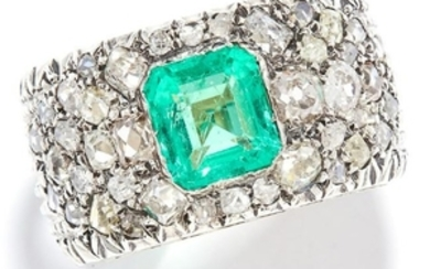 EMERALD AND DIAMOND DRESS RING in gold, set with an