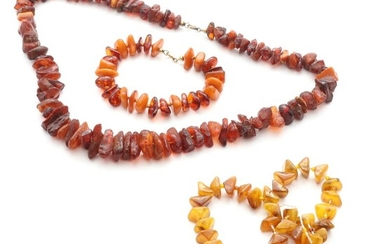 Two amber necklaces and a bracelet. Chains L. 58 and app. 34 cm. Total weight app. 92 g. (3)