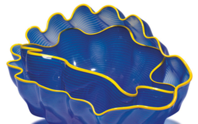 Dale Chihuly - Dale Chihuly: Larkspur Seaform Set with Golden Lip Wraps (2)