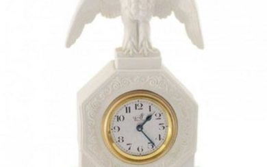 TABLE CLOCK WITH AN EAGLE