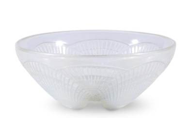 A Lalique Coquilles bowl and plate France, early 20th...