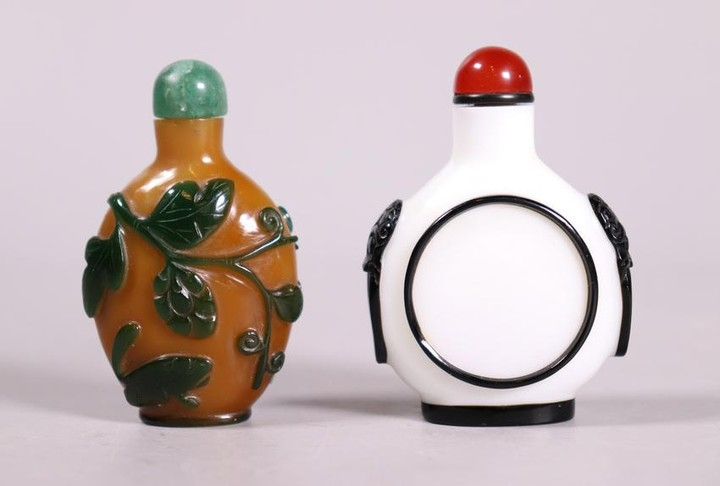 2 Chinese 19 C Overlay Carved Glass Snuff Bottles