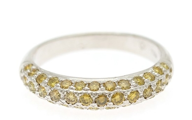 A diamond ring set with numerous brilliant-cut yellow diamonds totalling app. 0.77 ct., mounted in 18k white gold. Size 54.