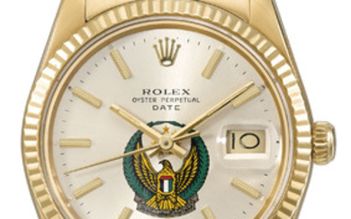 ROLEX. A VERY RARE 18K GOLD AUTOMATIC WRISTWATCH WITH SWEEP CENTRE SECONDS, DATE, CHAMPAGNE DIAL WITH EMIRATE CREST AND BRACELET, MADE FOR THE UNITED ARAB EMIRATES ARMED FORCES, SIGNED ROLEX, OYSTER PERPETUAL, DATE, REF. 15038, CASE NO.8'862'027, CIRCA...