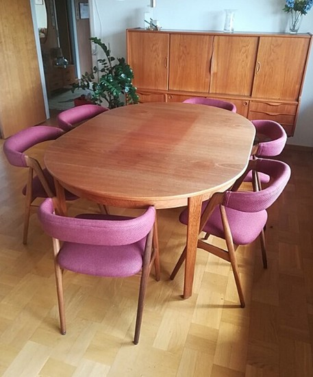 Lot Art Danish Furniture Design A Set Of Six Chairs Upholstered With Wool Oval Dining Table With Extension And High Teak Sideboard 1950s 8