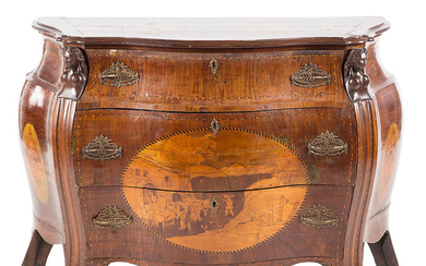 Rococo-style bombé chest of drawers, probably from the north of Italy, 19th Century.