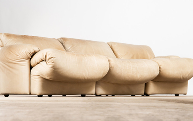 Wittmann, sofa / lounge sofa / three-seater, model 'Gioconda', leather, 1970s (3)